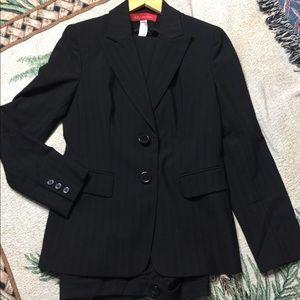ANN KLEIN SUIT Size 4